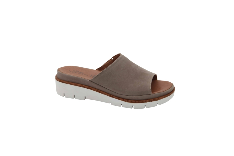 528-002taupe1