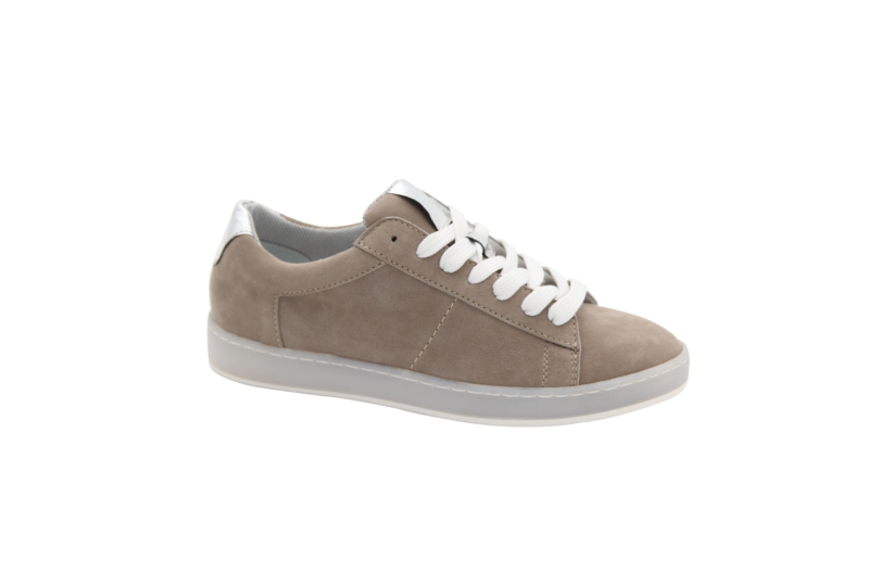 704-002taupe1
