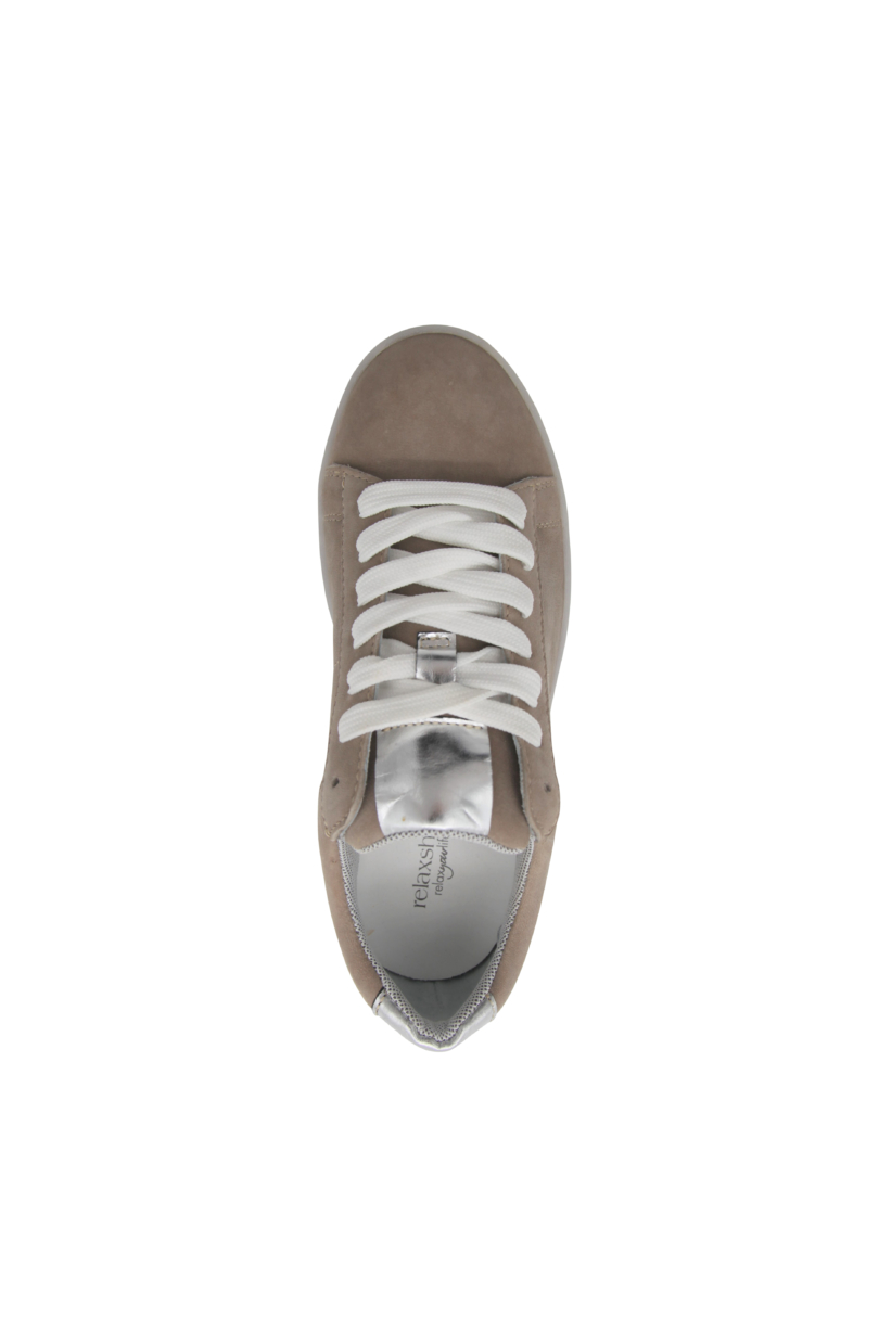 704-002taupe3
